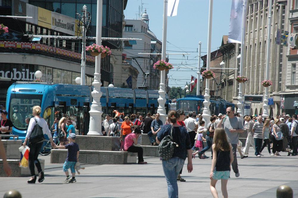 Egy zágrábi tér délután